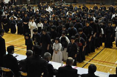月2日 第1回福山地区剣道祭が ...